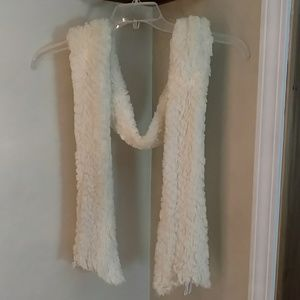 Accessories - Off-white fuzzy scarf